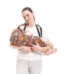 porte-bebe-ergonomique-horizontal